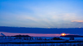Ηλιοβασίλεμα το χειμώνα απόθεμα βίντεο