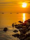 ηλιοβασίλεμα τρία βαρκών Στοκ φωτογραφίες με δικαίωμα ελεύθερης χρήσης