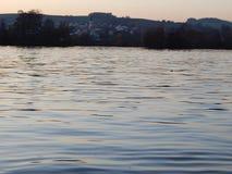 Ηλιοβασίλεμα ath το Donau στοκ φωτογραφίες