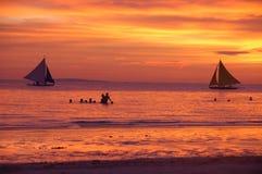Ηλιοβασίλεμα Boracay στην παραλία, Φιλιππίνες Στοκ φωτογραφία με δικαίωμα ελεύθερης χρήσης