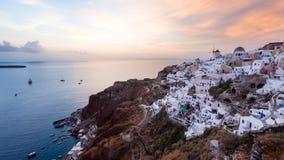 Ηλιοβασίλεμα Oia Santorini στοκ φωτογραφία