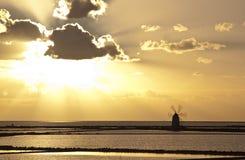 Ηλιοβασίλεμα στην αλυκή septies στοκ φωτογραφίες