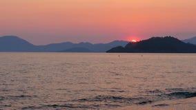 Ηλιοβασίλεμα timelapse, ήλιος που θέτει το θερμό βράδυ, ημέρα στη νύχτα απόθεμα βίντεο