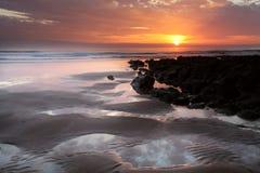 Ηλιοβασίλεμα Woolacombe   Ακτή του βόρειου Devon Στοκ Εικόνα