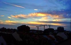 Ηλιοφώτιστα cirrus σύννεφα Στοκ φωτογραφία με δικαίωμα ελεύθερης χρήσης
