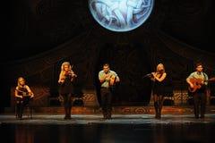 Η ιρλανδική μελωδία μουσικής-Ο ιρλανδικός εθνικός χορός βρυσών χορού Στοκ Εικόνες