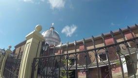 Η ισπανική εποχή έχτισε το Saint-Paul ο πρώτος καθεδρικός ναός ερημιτών που παρουσιάζει το φράκτη και θόλο σιδήρου της απόθεμα βίντεο