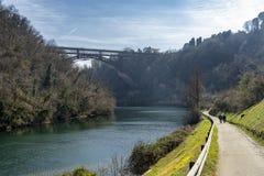 Η ιστορική γέφυρα Paderno, Ιταλία στοκ φωτογραφίες με δικαίωμα ελεύθερης χρήσης