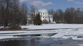 Η ιστορική Royal Palace στο νησί Elagin το χειμώνα απόθεμα βίντεο