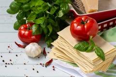Η ιταλική κουζίνα είναι lasagna προϊόντα για το lasagna Στοκ εικόνες με δικαίωμα ελεύθερης χρήσης