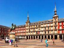 Ηλιόλουστη άποψη του δημάρχου Plaza. Μαδρίτη, Ισπανία Στοκ Εικόνες