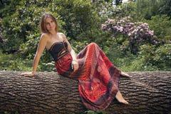 Ηλιόλουστη γυναίκα στοκ φωτογραφία με δικαίωμα ελεύθερης χρήσης