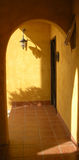 Ηλιόλουστη είσοδος Στοκ φωτογραφία με δικαίωμα ελεύθερης χρήσης