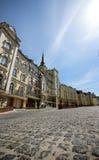 Ηλιόλουστη ημέρα οδών Sity Στοκ Φωτογραφίες