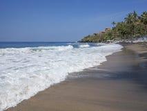 Ηλιόλουστη παραλία αποκαλούμενη Dreamland στο Μπαλί, Ινδονησία Στοκ Εικόνες