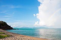 Ηλιόλουστη παραλία Maenam Koh Samui, Ταϊλάνδη Στοκ Εικόνα