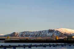 Ηλιόλουστο απόγευμα στο Ρέικιαβικ Στοκ Φωτογραφία