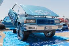 Η ιδιοτροπία Chevrolet στην επίδειξη κατά τη διάρκεια του ΑΝΤΙΓΡΑΦΟΥ παρουσιάζει γύρο στοκ φωτογραφία με δικαίωμα ελεύθερης χρήσης