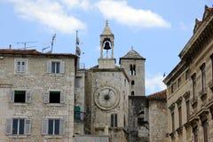η καθολική Κροατία εισήγαγε αρχικά το μαζικό ιερέα που χωρίστηκε σε ιδιωματικό ποιοι Στοκ Εικόνες