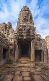 η Καμπότζη συγκεντρώνει siem 16 Δεκεμβρίου 2011 Αρχαία πρόσωπα πετρών του Β Στοκ Εικόνα