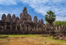 η Καμπότζη συγκεντρώνει siem Διάσημος ναός Bayon μέσα σε Angkor Thom σύνθετο Στοκ Φωτογραφία