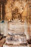 η Καμπότζη συγκεντρώνει siem Angkor Wat Άγαλμα του Βούδα, harboring με κουκούλα φίδι Στοκ φωτογραφία με δικαίωμα ελεύθερης χρήσης
