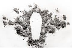 Η κασετίνα, σκιαγραφία φέρετρων έκανε στην τέφρα, σκόνη ως έννοια των deceas Στοκ Φωτογραφίες