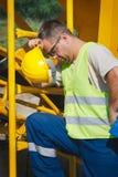 η κατασκευή απομόνωσε το συμπαθητικό εργαζόμενο εξαρτήσεων Στοκ εικόνες με δικαίωμα ελεύθερης χρήσης