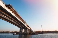 Η κατασκευή μιας νέας γέφυρας Στοκ Εικόνα