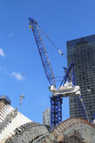 Η κατασκευή της πλήμνης μεταφορών του World Trade Center από το Σαντιάγο Calatrava συνεχίζεται στο Μανχάταν Στοκ φωτογραφία με δικαίωμα ελεύθερης χρήσης