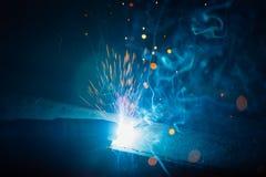 Η καλλιτεχνική συγκόλληση προκαλεί το ελαφρύ, βιομηχανικό υπόβαθρο Στοκ φωτογραφίες με δικαίωμα ελεύθερης χρήσης