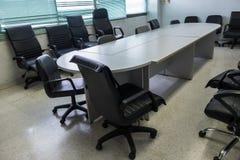 Η κενή αίθουσα συνεδριάσεων στοκ εικόνες