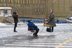 Η κινητή τηλεφωνική φωτογραφία σκοτώνει την επιχείρηση Στοκ φωτογραφία με δικαίωμα ελεύθερης χρήσης