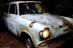 Η κλασική μπλε Ford Anglia Στοκ Εικόνα