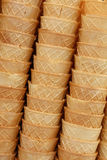Η κορνέτα κώνων παγωτού γκοφρετών κοιλαίνει κοντά επάνω Στοκ φωτογραφίες με δικαίωμα ελεύθερης χρήσης