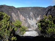 Η κορυφή του ciremai βουνών στοκ εικόνες