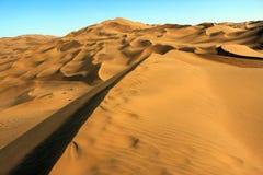 Η κορυφογραμμή του αμμόλοφου άμμου Στοκ φωτογραφία με δικαίωμα ελεύθερης χρήσης