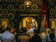 Η κρεμώντας μάζα της Κυριακής Church's Στοκ Φωτογραφία