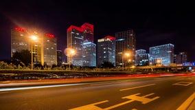 Η κυκλοφορία στην περιοχή Jianwai στο Πεκίνο, Κίνα απόθεμα βίντεο