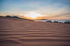 Η κόκκινη έρημος στο Βιετνάμ στην αυγή Μοιάζει με την κρύα έρημο το Μάρτιο Στοκ Φωτογραφίες