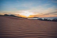 Η κόκκινη έρημος στο Βιετνάμ στην αυγή Μοιάζει με την κρύα έρημο το Μάρτιο Στοκ Εικόνα