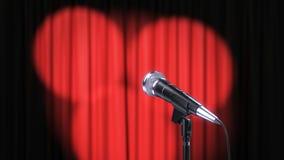 Η κόκκινη κουρτίνα με τα επίκεντρα και το μικρόφωνο, τρισδιάστατα δίνει στοκ εικόνα