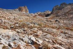 Η κλίση των δύσκολων βουνών της Τιέν Σαν στοκ εικόνες
