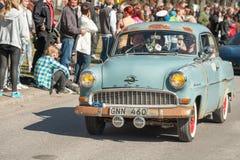 Η κλασική ημέρα παρελάσεων αυτοκινήτων το Μάιο γιορτάζει την άνοιξη στη Σουηδία Στοκ φωτογραφία με δικαίωμα ελεύθερης χρήσης
