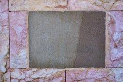 Η κλασική κενή πινακίδα με το κενό διάστημα για το κείμενο και οι αριθμοί στράφηκαν στον τοίχο του παλαιού ιταλικού σπιτιού Ανασκ Στοκ φωτογραφίες με δικαίωμα ελεύθερης χρήσης