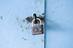Η κλειδαριά στην πόρτα Στοκ φωτογραφία με δικαίωμα ελεύθερης χρήσης