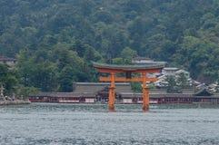 Η λάρνακα Itsukushima Miyajima, διάσημο ορόσημο στη Χιροσίμα, Ιαπωνία Στοκ Εικόνες