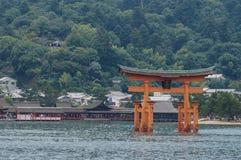 Η λάρνακα Itsukushima Miyajima, διάσημο ορόσημο στη Χιροσίμα, Ιαπωνία Στοκ Φωτογραφίες
