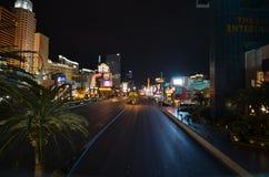 Η λουρίδα, το νέες Υόρκη-νέες ξενοδοχείο της Υόρκης & η χαρτοπαικτική λέσχη, μητροπολιτική περιοχή, νύχτα, δρόμος, πόλη στοκ φωτογραφίες με δικαίωμα ελεύθερης χρήσης