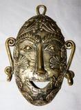 Η μάσκα φιαγμένη από μέταλλο ορείχαλκου στοκ φωτογραφία με δικαίωμα ελεύθερης χρήσης